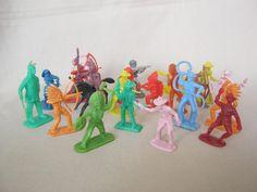 Műanyag katonák Doll Toys, Dolls, Army Men, Retro Toys, Antique Toys, Romania, Childhood Memories, Action Figures, The Past