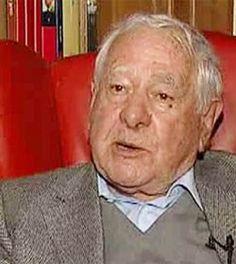2 de març de 2015 | Mor l'escriptor Francisco González Ledesma