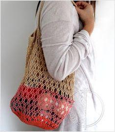 Crochet Purses Honeycomb mesh market bag pattern by Agata M - Crochet Clutch, Crochet Handbags, Crochet Purses, Crochet Crafts, Crochet Yarn, Free Crochet, Purse Patterns, Crochet Patterns, Crotchet Bags