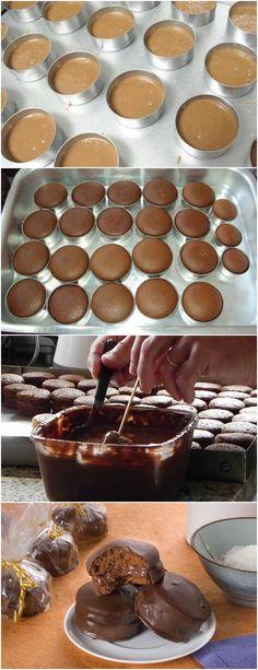 PÃO DE MEL TRUFADO…FÁCIL DE PREPARAR!! VEJA AQUI>>>Na tigela da batedeira, coloque todos os ingredientes e bata por 5 minutos ou até ficar homogêneo. Coloque em forminhas de pão de mel untadas e enfarinhadas. #receita#bolo#torta#doce#sobremesa#aniversario#pudim#mousse#pave#Cheesecake#chocolate#confeitaria