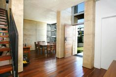 Rammed Earth Coogee House - entrance hallway