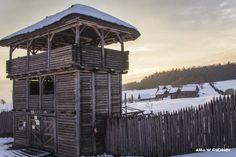 Medieval settlement reconstruction in Huta Szklana, Poland. ANIA W PODRÓŻY travel blog and photography