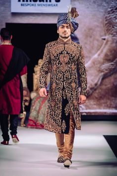 At Ahsan's we offer custom made groom traditional sherwanis with matching shoes, scarf and turban. Indian Groom Dress, Wedding Dresses Men Indian, Indian Wedding Wear, Wedding Dress Men, Indian Wear, Blue Sherwani, Sherwani Groom, Mens Sherwani, Wedding Sherwani