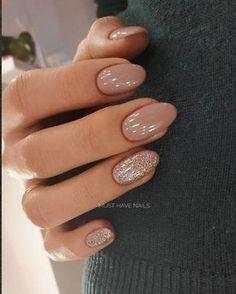 Beautiful Matte Glitters Nail Art Ideas - - Nagellack - Damen un Mann Schonheit Hair And Nails, My Nails, No Chip Nails, Glitter Nail Art, Nude Nails With Glitter, Shellac Nails Glitter, Gel Manicure, Taupe Nails, Nail Glitter Design