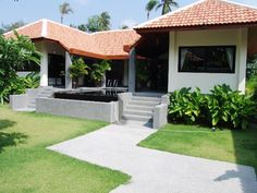http://www.thailand-property.com/real-estate-for-sale/3-bed-villa-surat-thani-koh-samui-ang-thong_14452