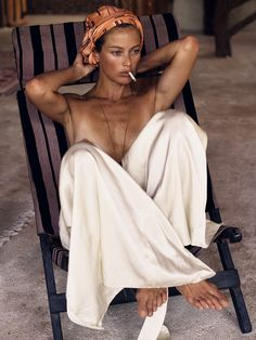 Carolyn Murphy pose pour Interview Magazine