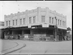 Hostel Milligan, 453 Murray Street corner of Milligan Street, Perth under construction, 1929 Lost Hotel, Wa Gov, Perth Western Australia, Different Countries, Great Buildings And Structures, Amazing Pics, Under Construction, Hostel, Old Photos