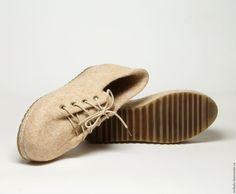 """Купить Валяные туфли """"Банановый Десерт"""" - бежевый, валяная обувь, обувь ручной работы"""