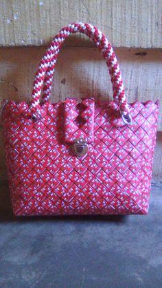 Diy Handbag, Candy Wrappers, Paper Bags, Diy And Crafts, Handbags, Paper Envelopes, Leaves, Totes, Manualidades