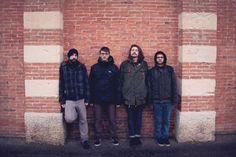Cosa ascoltano i Farglow mentre sono in tour? Ascolta il loro Mixtape Furgone. #music #playlist