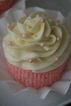 sweet Pink Lemonade cupcakes.....recipe at.....  http://mystoryinrecipes.blogspot.com/2013/06/pink-lemonade-cupcakes.html
