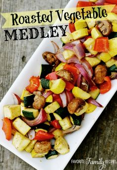 This Roasted Vegetable Medley is a healthy and easy side dish. It is a colorful compliment to beef, chicken, pork, or fish. The idea for this recipe came from the Claim Jumper Restaurant. I ordered their roasted vegetables and loved them so much, I came u Healthy Side Dishes, Side Dishes Easy, Vegetable Side Dishes, Side Dish Recipes, Side Dishes For Fish, Fish Sides, Recipes Dinner, Diabetic Side Dishes, Birthday Dinner Recipes