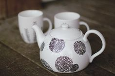 Hand painted tea set, I don't know why I love tea sets so much I just do. lolz