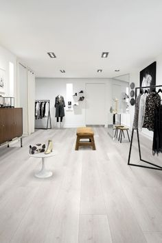 Berry Alloc Grand Avenue in La Rambla 62000578. Please click on the photo to be taken to the product page. Home Inspiration | Flooring | Inspo Home | Interior Design | Luxury Home | Home Design | DIY Home Design Diy, House Design, Luxury Flooring, White Oak Floors, Living Room Flooring, Luxury Interior Design, Laminate Flooring, Luxury Homes, Inspiration