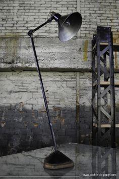 Lampe de bureau Gras 206 grand bras Loft Lyon, Desk Lamp, Table Lamp, Lampe Gras, Decoration, Vintage, Furniture, Home Decor, Industrial
