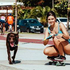 Já saiu com o seu dog hoje? Longboard Dancing Freestyle - Guanabara Boards Team Rider - Aulas de skate longboard para adultos - Aulas de long - Longboard Girls - Longboard Para Meninas