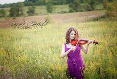 senior girl pose - with violin instrument