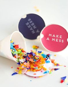 Confetti Sunshine easy DIY confetti throwers with free printable