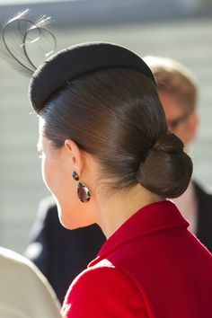 Details of Crown Princess Victoria's hair, earrings and beret 10/1/2013
