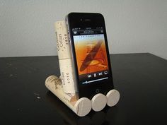 I have so many corks!!! I could make a tablet holder, phone holder, another phone holder and probably wallpaper my wall with them. Upcycle This! 28 Ways to Reuse Wine Corks