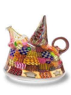 Hot sculpted glass quilted teapot by Richard Marquis, 1985 Cute Teapot, Tea For One, Asian Design, Pip Studio, Tea Art, Venetian Glass, Tea Ceremony, Marquis, Pretty And Cute