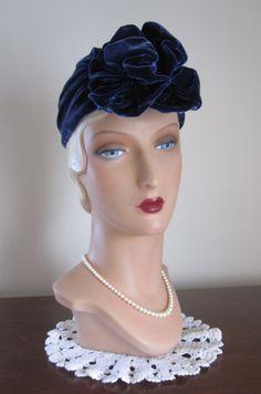1940's Sapphire Blue Velvet Turban Style Hat.