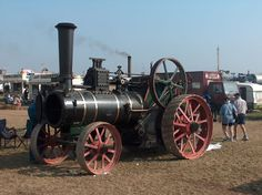 http://vintagetractorcollector.co.uk