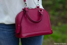 louis-vuitton-alma-bb-epi-leather-fuchsia-bag-review-10
