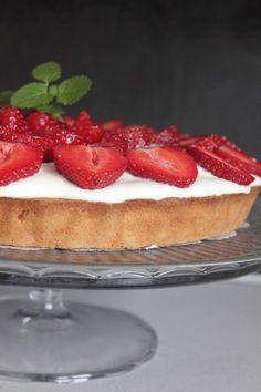 CookieCrumble: Jordbærtærte m lidt marcipan