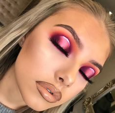 Pink Orange Eyeshadow look | Spotlight Eye Look | Bold Eye makeup | Nude Lipstick | Heavy Glam  #makeup #pink #eyemakeup  Pin: @amerishabeauty