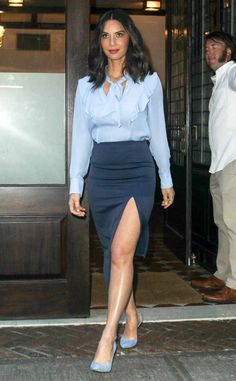 Olivia Munn from The Big Picture: Today's Hot Photos Feeling blue! The actress sports a blue-hued Tanya Taylor top while heading out in NYC. Olivia Mum, Keratin, Beautiful Celebrities, Hottest Photos, Sexy Legs, Chic Outfits, Dress To Impress, Celebrity Style, High Waisted Skirt