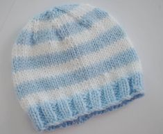 Striped Baby Hat Created by: Heather Wells Materials Color A: Blue Light Worsted Weight Yarn Color B: White Light Worsted Weigh. Baby Hat Knitting Patterns Free, Baby Boy Knitting, Baby Hat Patterns, Baby Knits, Crochet Preemie Hats, Knitted Baby Beanies, Knitted Hats, Yarn Colors, White Light