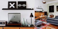 novoretro Flat Screen, Retro, Fashion Design, Home Decor, Blood Plasma, Decoration Home, Room Decor, Flatscreen, Retro Illustration