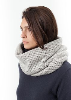Knitted Snood in Grey