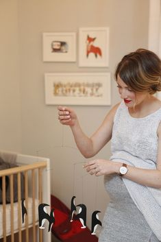 Check out this Pregnancy Style feature on Chelsa Crowley of Stowaway Cosmetics.