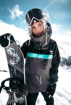 girl in ski gear Snowboarding Style, Snowboarding Women, Motocross, Skater Girl Style, Ski Bunnies, Streetwear, Snowboard Girl, Ski Girl, Snow Skiing