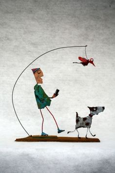 Reveries of a Solitary Walker, Collas, assemblages, sculpture