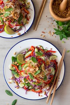 Asian vermicelli salad with peanuts is a simple, tasty and quite substantial meal, perfect for lunch or dinner. Naturally vegan and gluten-free.