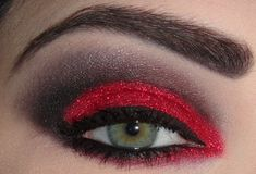 josi v.red glitter sugarpill shadow- LOVE THIS! Red Eye Makeup, Glitter Eyeshadow, Hair Makeup, Drag Makeup, Makeup Stuff, Red Riding Hood Makeup, Unique Halloween Makeup, Gorgeous Makeup, Awesome Makeup