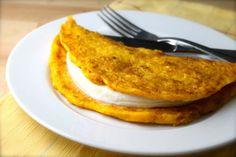 These cheesy Venezuelan cachapas are so delicious you'll melt! (RECIPE) | ¿Qué Más?