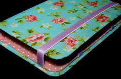 Descrição: capa para smartphone floral+poa  Modelo: 016 Tamanho: 13x2x7x3 Contato: rosanawendt@yahoo.com.br http://twitter.com/rosanawmonteiro Curta página no facebook:  http://www.facebook.com/rosanawmonteiro