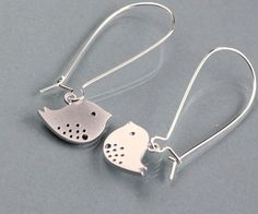 Bird Earrings, silver Kidney, white gold plated, by balance9. $18.00, via Etsy.