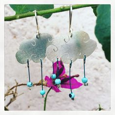 Rain droplet earring  (Silver and turquoise)