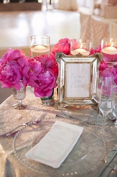 Gorgeous fuchsia peonies deliver a powerful punch even in small quanitites. #centerpiece