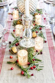 How to set up a vintage glam mercury glass Christmas tablescape with tips and sources for how to do it on a budget. Christmas Eve Dinner, Italian Christmas, Christmas Tea, Silver Christmas, Nordic Christmas, Christmas Candles, Christmas Greetings, Christmas Crafts, Reindeer Christmas