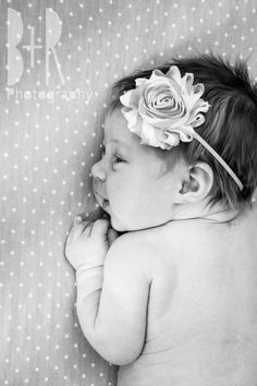 Newborn Photo Shoot | Baby | Girl | Headband - B+R Photography - Nashville, TN
