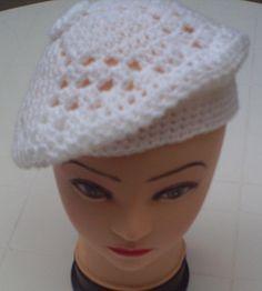 Boinas Para Escolares, A Crochet. - $ 3.000 en MercadoLibre
