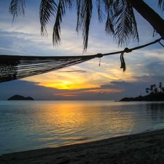 Watching the sunset from a comfortable hammock on Koh Phangan. What more could you wish for?