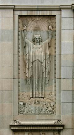 Beautiful Art Deco detail of the exterior of the Federal Reserve Bank (photo by ChrisM70, via Flickr)