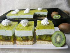 Kiwi, Cookie Desserts, Dessert Recipes, French Pastries, Cake Cookies, Cupcakes, Food Hacks, Feta, Mousse